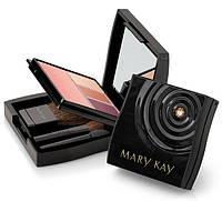 Мини-футляр для декоративной косметики Mary Kay ®