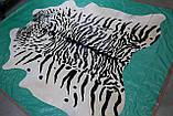 Шкура коровы крашенная под сибирского или уссурийского тигра на белом фоне, фото 3