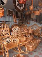 У закарпатському селі Іза всі плетуть лозу