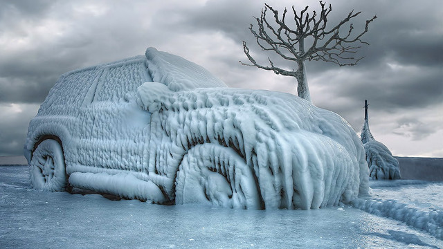 Система горячего пуска двигателя в холодное время года