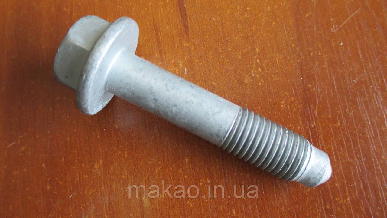 Болт крепления переднего амортизатора Chery Amulet A15/ Чери Амулет