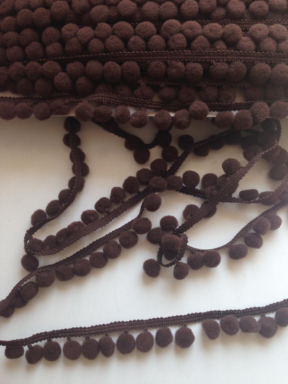 Тесьма с помпонами коричневая 10мм