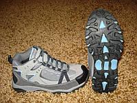 Трекинговые женские  кроссовки Trekker™ Womens Trail Pilot 200 Mid Hikers at Cabelas (USA-7.5/8), фото 1