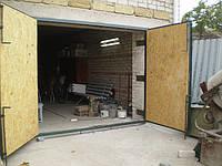 Металлические гаражные ворота с ковкой, откатные, вьездные