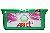 Капсулы для стирки Ariel 3в1 touch of lenor 28 шт