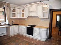 Кухня с натуральными деревянными фасадами, фото 1