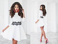 Изящное платье белое рукав 3/4 с французским кружевом на поясе и юбкой солнцеклеш