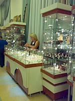 Прилавки для золотых украшений с подсветкой