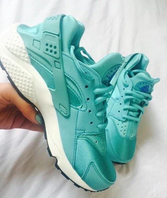 Женские кроссовки Adidas, Nike, Puma 09e9d9b6eb4