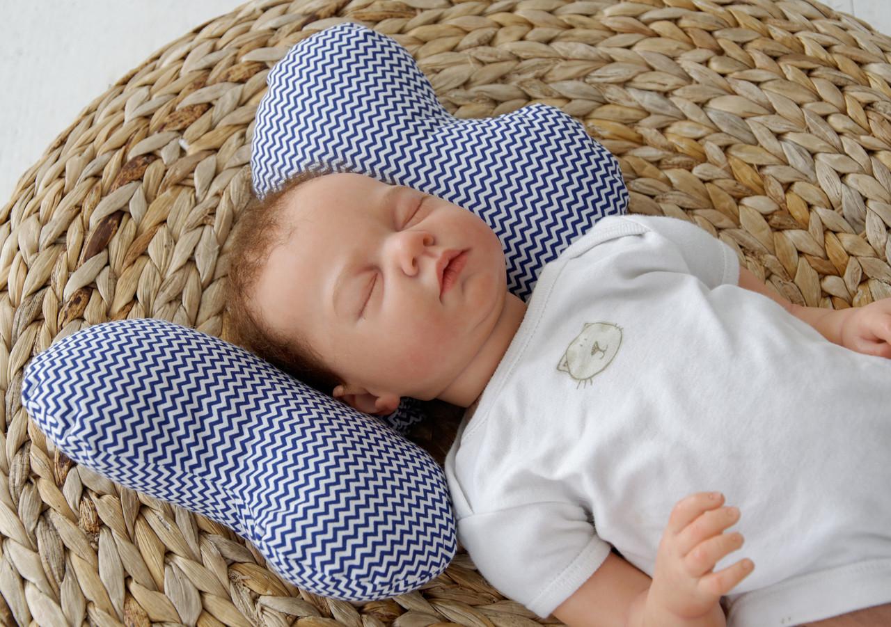 """Детская подушка для новорожденных """"Butterfly"""", синий зигзаг"""