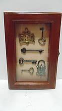 Ключниця настінна дерев'яна «Ключі від міста» розмір 25*17*6.5