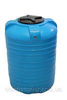 Пластиковая вертикальная емкость для хранения гсм V-250 на 250 литров