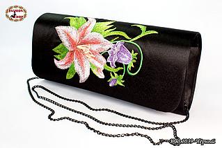 Вышитый чорний клатч Лилия, фото 2
