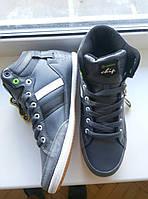 Кожаные женские кроссовки Restime 36,37,40 размеры
