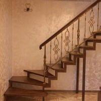 Металлические каркасы для лестниц из профтруби,швелера,уголка