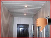 Пластиковый потолок лучше натяжного?