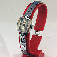 Женские часы Заря