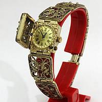 Механические женские часы Чайка-Кардинал