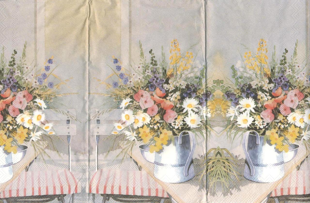 Салфетка декупажная Букет полевых цветов в лейке 496