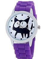 Женские часы GENEVA Женева с белым циферблатом и КОТОМ, силиконовый браслет (фиолетовый)