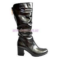 Сапоги женские демисезонные на устойчивом каблуке. 39 размер