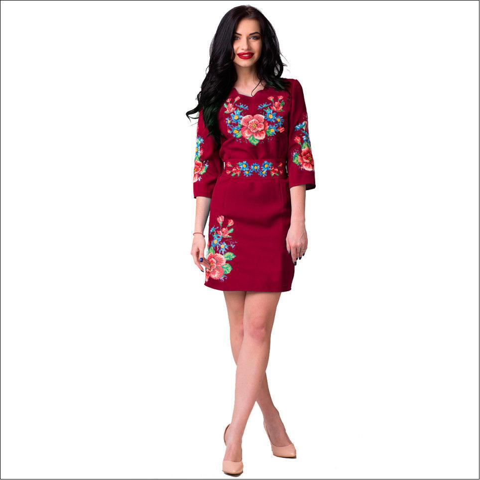 Вышитое женское платье «Мальва с васильками»