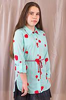 Красивая бирюзовая блуза в сердечки для девочки в школу.