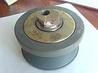Ролик натяжителя  для погрузчиков SEM952, ZL50F, 652B, 956 WD615