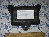 Крышка переднего кронштейна передней рессоры ГАЗ 53 (52-2902450)