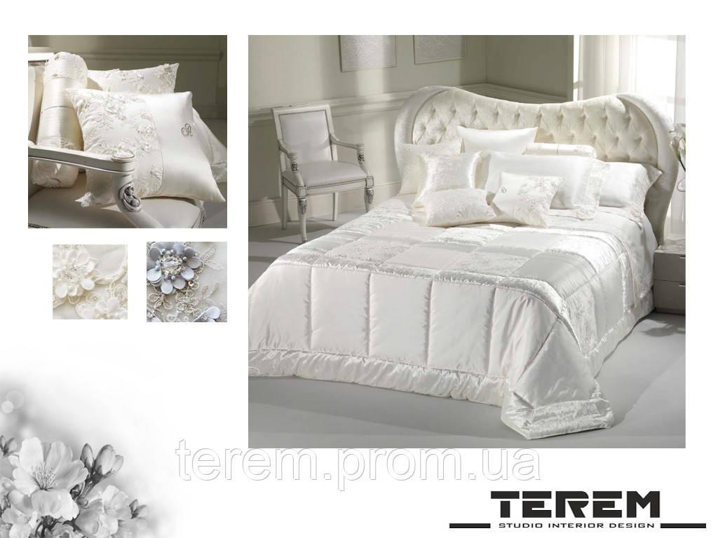 """Покрывало, подушки, постельное белье """"Шанель"""" вариан В"""