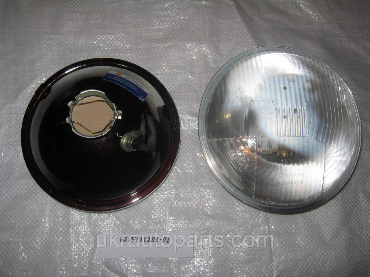 Элемент оптический ГАЗ ЗИЛ с габаритным огнём 43 цоколь галогенка (62.3711201-01)