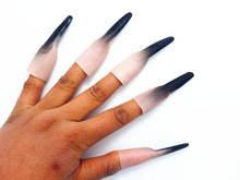 Накладні нігті відьми