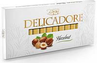 Молочный шоколад Baron Delicadore Huzelnut с лесным орехом, 200 г.