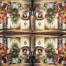 Салфетки для декупажа Санта раздаёт подарки 1504