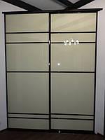 Угловой встроенный шкаф купе