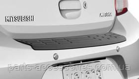 Mitsubishi Mirage 2014 защитная накладка на задний бампер новая оригинальная