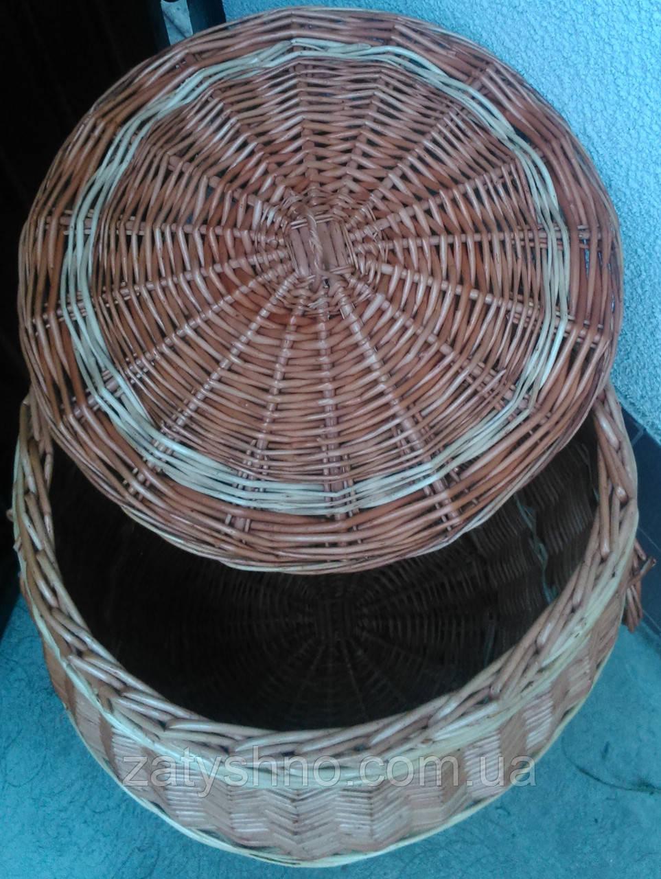 Бочка плетеная для белья натурального цвета