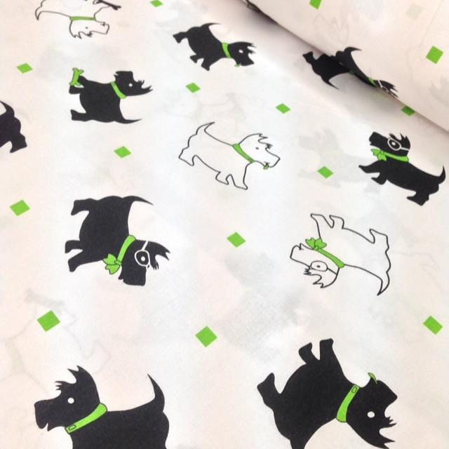 Хлопковая ткань польская собачки черно-салатновые