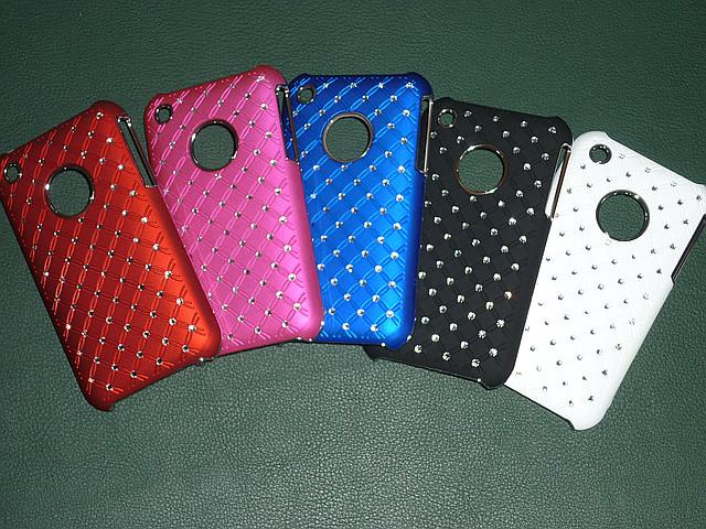 Чехлы для iPhone 3G 3GS со стразами