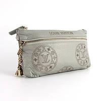 Серый женский клатч кожаный Louis Vuitton