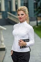 Блузка выполнена из натурального хлопка, станет незаменимой вещью в гардеробе любой девушки