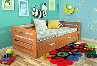 Кровать из массива дерева 045