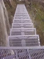 Лестница для дома и дачи уличные