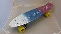 Полосатый пенни борд Soda 22 (Penny board fades 22) - белый, синий, фиолетовый