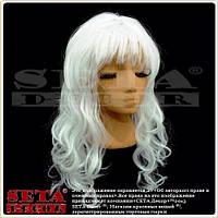 Парик с белыми вьющимися длинными волосами и чёлкой