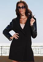 Стильное пальто с рукавами из экокожи