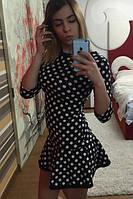 Эффектное платье с юбкой-воланом
