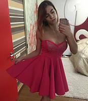 Стильное платье со стразами