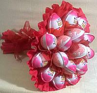 """Букет из шоколадных яиц """"Kinder Joy"""" Киндер джой 19 шт, цвет красный"""
