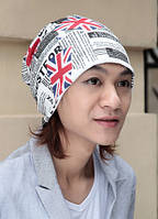 Стильная шапка унисекс. England. Белая